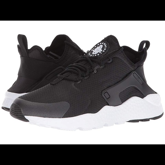 6165c1f26eda NWT Women s Nike Air Huarache Run Ultra Sneakers